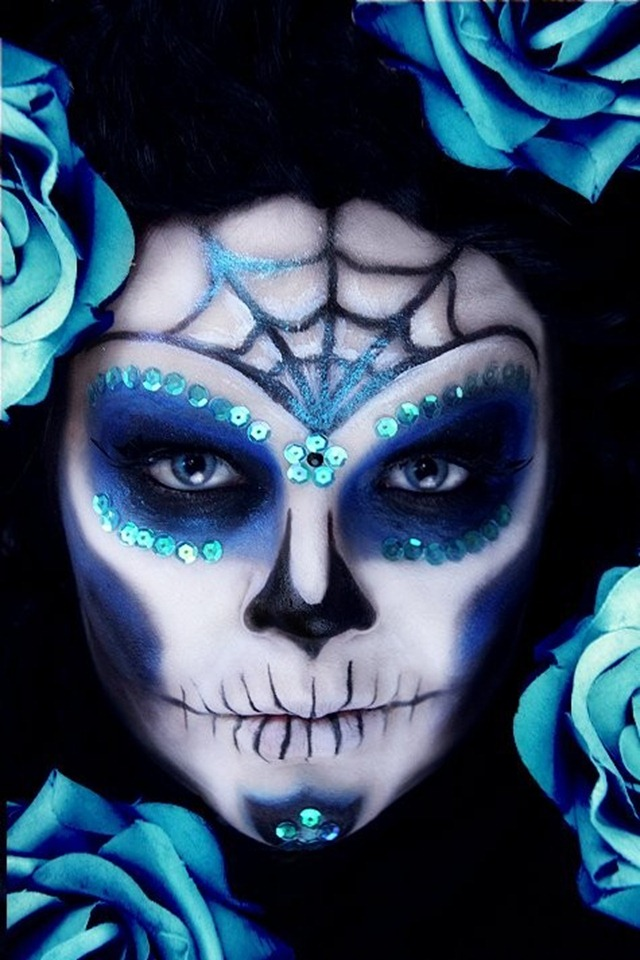 Crazy Halloween Makeup Day of the Dead Blue
