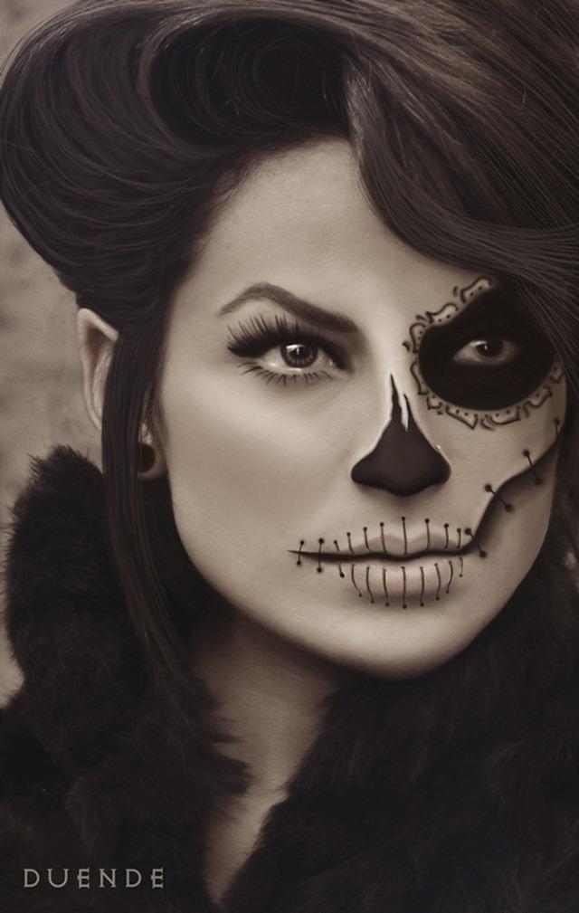 Crazy Halloween Makeup Dia de Los Muertos Pinup
